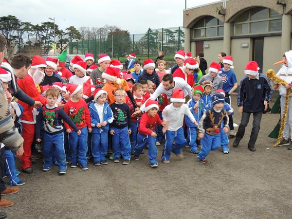 Annual Christmas Fun Run in aid of Focus Ireland