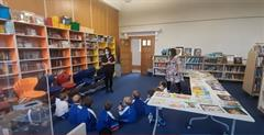 Junior Infants Visit the Library!
